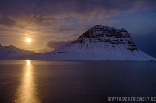 Kirkjifell,mond,himmel,grundarfjördur,fjord,light,moonlight,mystisch,iceland