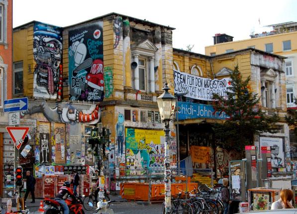 ROTE FLORA  i Hamburg 2016 - 27 år med alternativ kultur og oprør