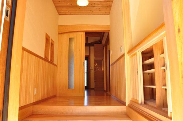みよしの大工 都建築の建てた家の玄関