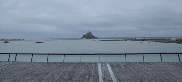 Le Mont en grande marée vu du barrage