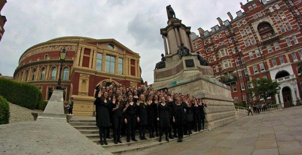 Der 21st Century Chorus anlässlich der Star Trek Konzerte in der Royal Albert Hall im Mai 2014