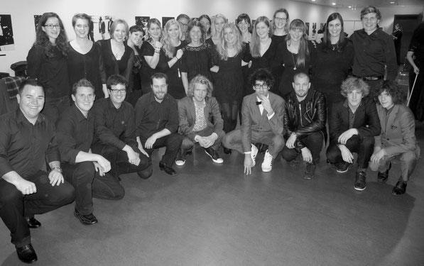 Sängerinnen und Sänger des 21st Century Chorus, Pegasus & Stress (Foto: Christof Estermann)
