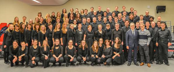 der 21st Century Chorus mit Howard Shore und Ludwig Wicki im Lincoln Center in New York, April 2015