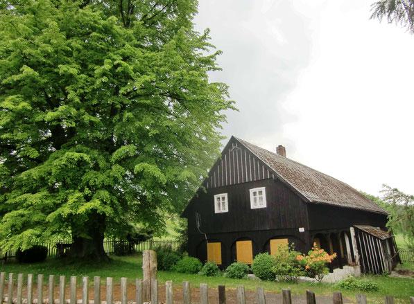 27.5.2016 - Hohenwald Nr.23 (füher Fam. Schöler) ist als letztes Haus noch vorhanden