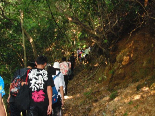 中学生・高校生練成会では御在所岳登山に挑戦しました!