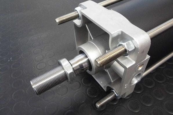 cilindri pneumatici Kompaut serie cnomo (c.n.o.m.o.)