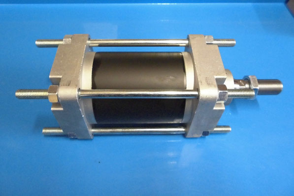 cilindri pneumatici Kompaut serie cnomo