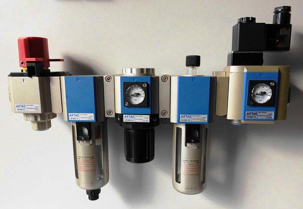 KOMPAUT , trattamento aria Airtac, regolatori, filtri, lubrificatori, pressostati, avviatori progressivi, valvole lucchettabili, manometri, regolatori di precisione.