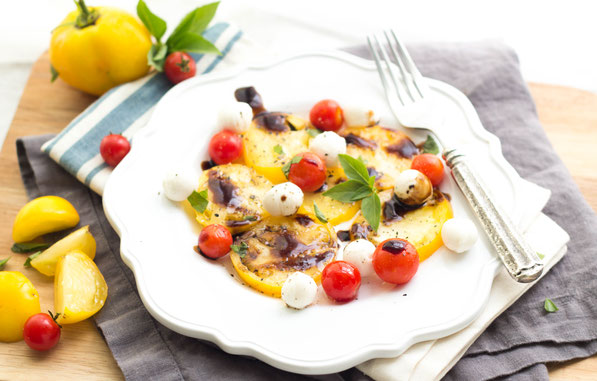 Perfectly ripe tomatoes are the star of this healthy, flavorful summer caprese salad recipe!