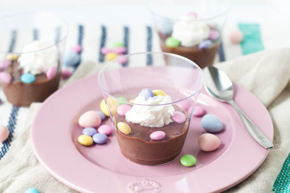 These sweet homemade chocolate pudding dessert cups are the perfect light, fun dessert for spring!  It's also a great make-ahead gluten free dessert for Easter parties!