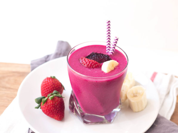 The tasty combination of strawberries and bananas gets an extra boost of nutrition from beets in this healthy and creamy smoothie recipe!