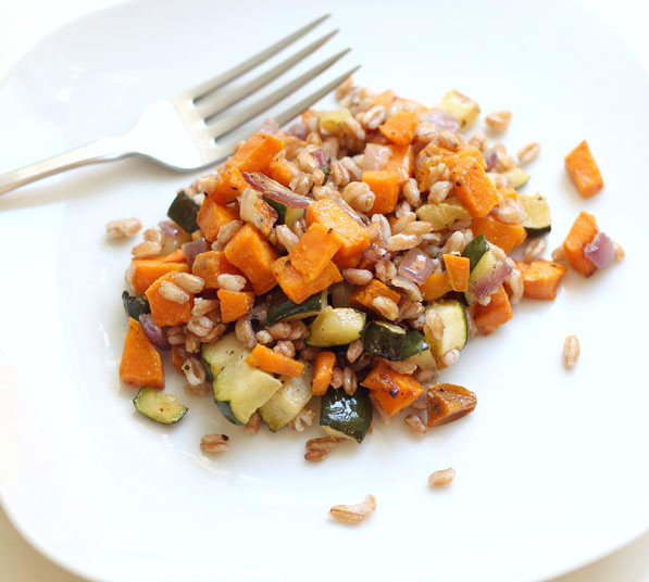 This is the recipe for my family-favorite roasted vegetables with the addition of farro to create a beautiful, hearty whole grain salad that can be enjoyed as a quick lunch or dinner option!