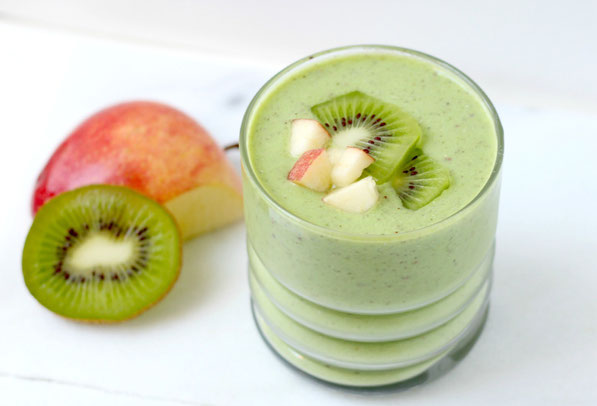 "This kiwi apple green smoothie is  beautiful and light - perfect for ""clean"" eating!"