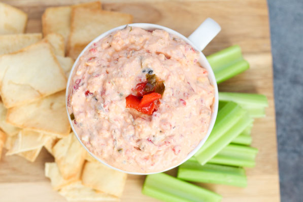 This easy pimento cheese recipe has only five main ingredients, is packed with flavor, and is made with no mayo, making it much lighter than traditional pimento cheese!