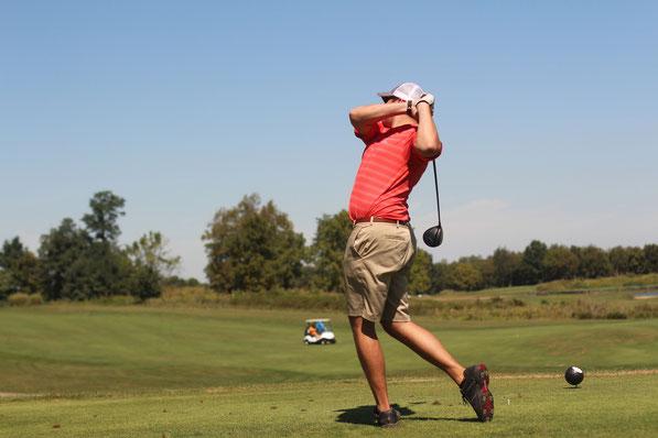 Golf, Golfer, Profi, Sport, Heilung, Regeneration, ohne Operation, Schmerzbefreiung, Gelenk, Stabilität, Golferellenbogen
