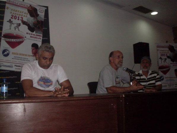 PALESTRA COM MESTRE CAMISA-COM GESTORA DO HEMOPE E PUBLICAÇÃO DO LOVRO ARTE LUTA DO MESTRANDO PAULINHO VELHO-PI(LIVRARIA SARAIVA)