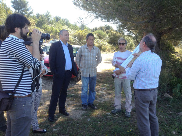 Les membres du Conseil d'administration du Collectif avec Monsieur Alfonsi