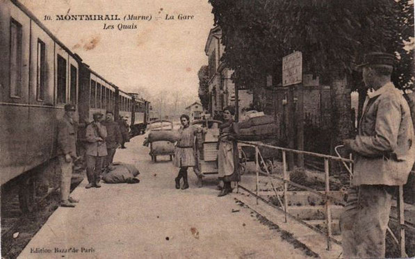 Une carte postale des quais de la gare de Montmirail datée du 20 mai 1933.