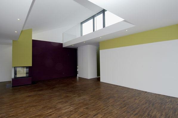 Neubau EFH Hööracker, Hallau I Wohnraum mit Galerie