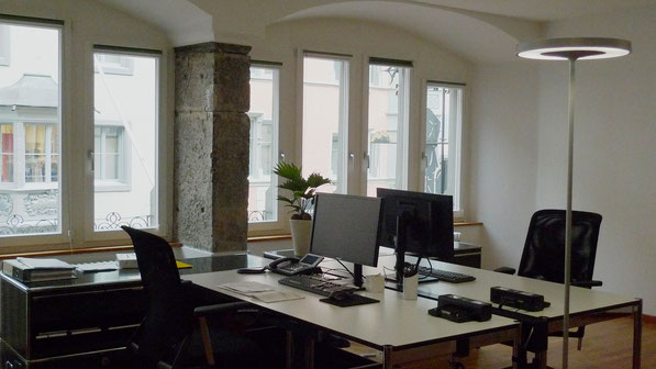 Büro Oberstadt, Schaffhausen I Arbeitsplätze mit historischen Elementen