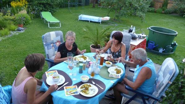 schon zum wiederholten Mal - vorzügliches Essen bei Germana, Bruno und ihrer Tochter