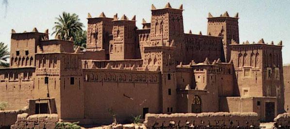 La beaut des kasbahs entre l 39 atlas et le d sert - Maison ouarzazate ...