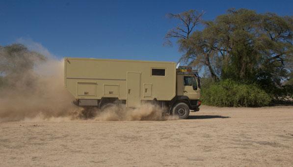 MAN LE 10/220 Namibia 2012