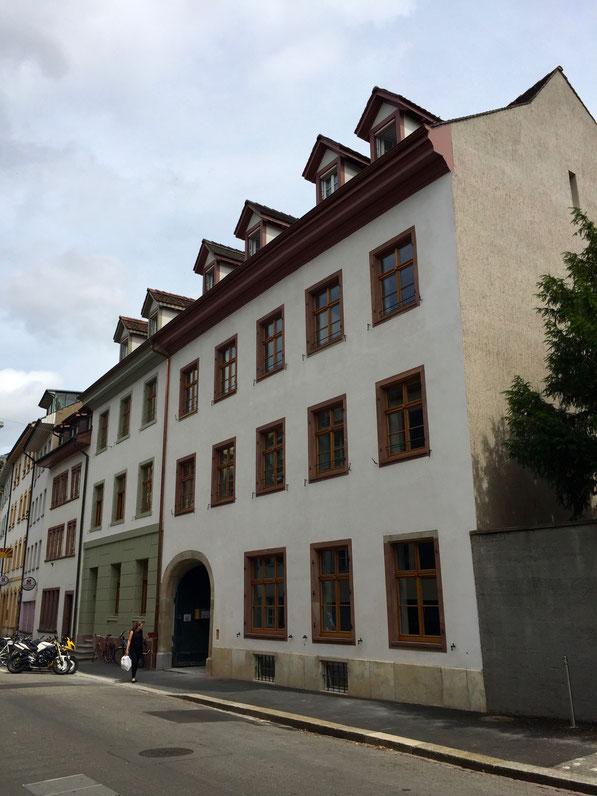 Nach drei Jahren intensivem Innen-, und Aussen Umbau: Eine wunderschönes Ergebnis: Hauptsitz Stiftung Habitat, 2016