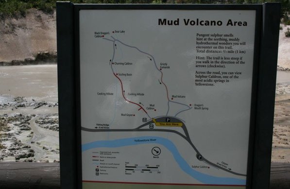 Yellowstone NP, Mud Volcano Area