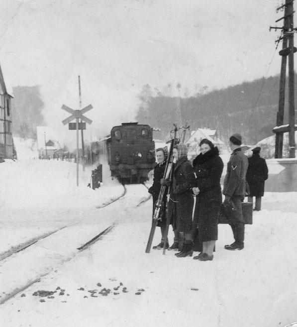 Haltestelle Heckholzhausen- Chaussee  Januar 1940