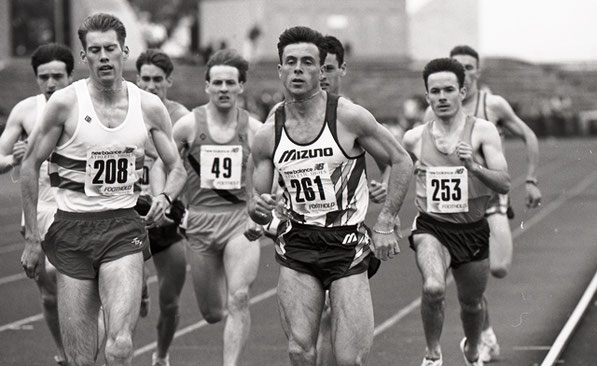 Tom McKean (261) , Tom Nimmo (208)