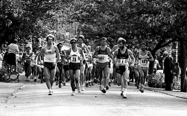 Start of Two Bridges race 1984