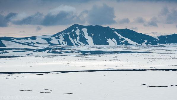 Wattsfell, Vatnsfell, Suðurskörð, Trölladyngjuskarð, Askja, Dyngjufjöll, Þorvaldshraun, Iceland
