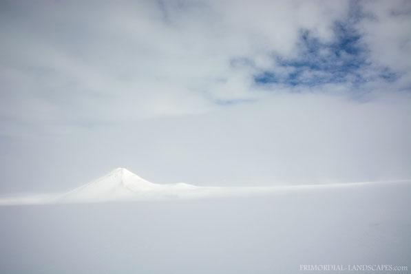Winter, Miðalda, Midalda, Kerlingardyngja, Myvatn, Mývatn, Mývatnsöræfi, Ice, Snow, Ódáðahraun, Odadahraun, Lava, Iceland, Island