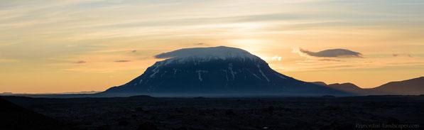 Herðubreið, Herdubreid, Panorama, Vikrahraun, Ódáðahraun, Odadahraun, Iceland, Island, Summer, Sunrise, Trekking, Hiking, Askja