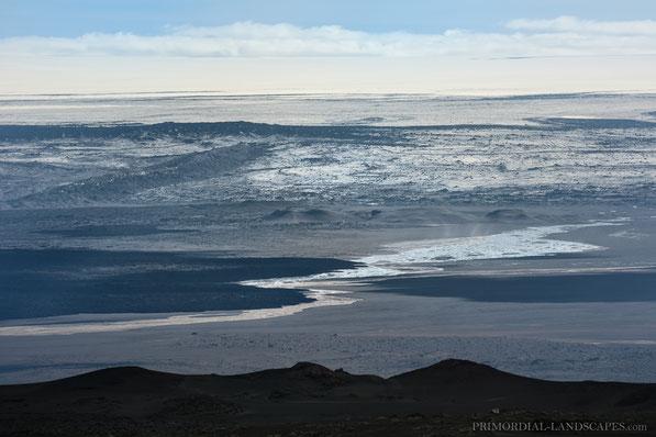 Flæður, Dyngjufjöll, Askja, Dyngjujökull, Holuhraun, Dyngjusandur, Nýja, Nornahraun, Alluvial plain, Vatnajökull, Gígöldur, Wattsfell, Þorvaldstindur