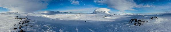 Herðubreið, Herdubreid, Flatadyngja, Eggert, Ódáðahraun, Odadahraun, Kollottadyngja, Winter, Ski, Bræðrafell, Öskjuvegur, Askja, Pulk, Crater, Volcano, Iceland, Primordial Landscapes