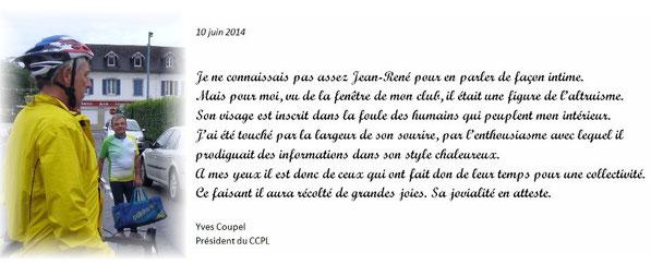 A Mauléon en 2007: Le Président Larrieu vient saluer les cyclos du CCPL.