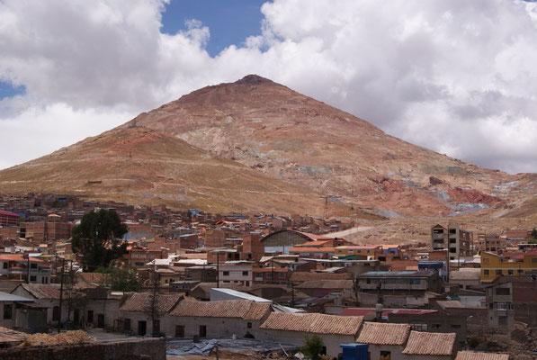 Blick auf den Silberminen-Berg Cerro Rico