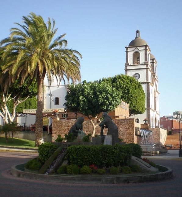 Las Lavanderas. Plaza de la Candelaria. Villa de Ingenio.