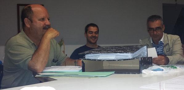 De izquierda a derecha: Adolfo, Chedey, Carlos.
