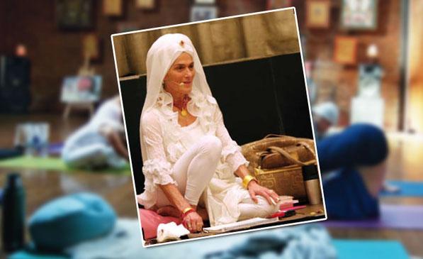 Gurmukh unterrichtet Stars wie Madonna und Cindy Crawford