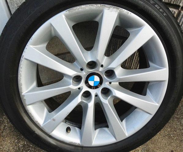 千葉県松戸市トータルリペア ラディックス BMW528i純正ホイールのリム傷