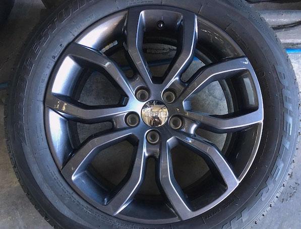 千葉県松戸市 Radix JeepCompass 18inchホイールリペア ガンメタリック塗装 傷修理
