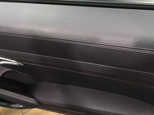 ポルシェ 911 ターボS ブラックレザーの傷を修理