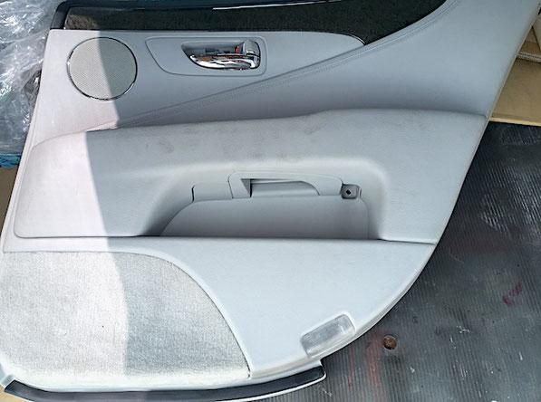 レクサス LS 右ドアトリム インテリアリペア 内装塗装