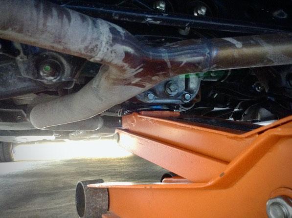 スバル インプレッサ WRX ジャッキアップポイント ホイールリペア ホイール傷 ホイール塗装 千葉県松戸市 トータルリペア ラディックス