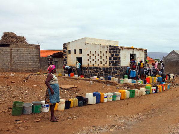 Wasser ist Mangelware:   Insel SAL / Cabo Verde