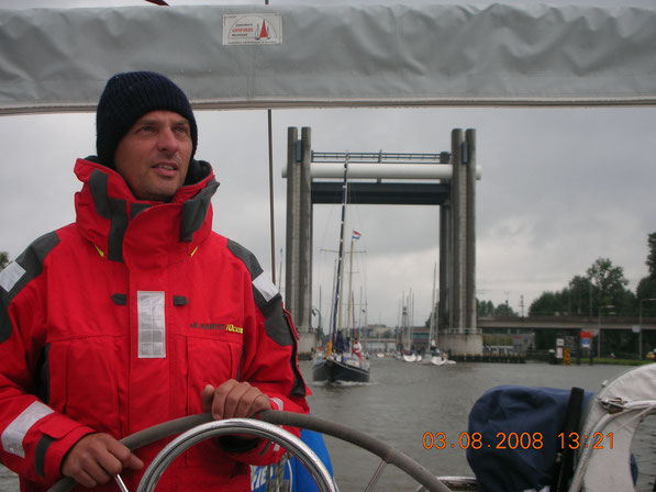 EXTREM VIELE BOOTE AUF DEN KANÄLEN IN SÜD-HOLLAND