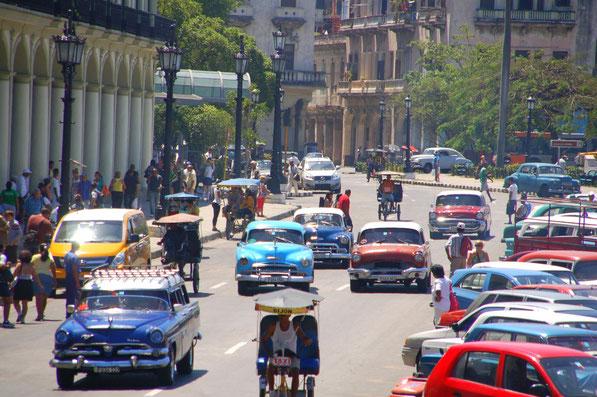 Reise in die Vergangenheit ?    Habana im April 2014